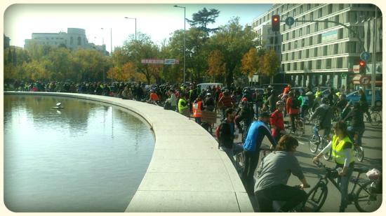 Bicipiquete en el centro de Madrid. Raymond Fountain