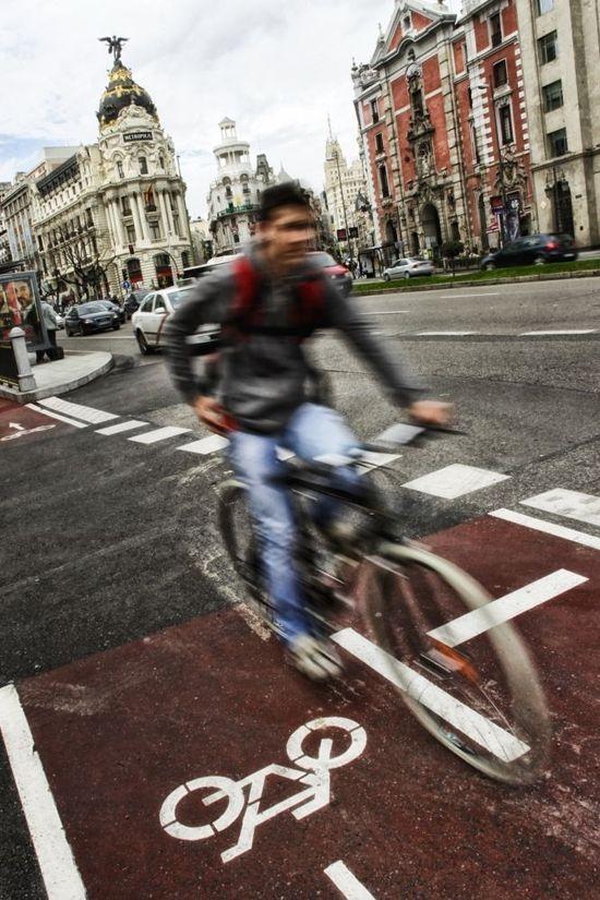 Eje ciclista Alcalá-Mayor en Madrid. Cristobal Manuel